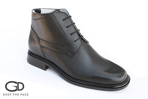 Genuine Waterproof Leather 1.4 - 1.6mm Thick| Natural Leather Lining|Flexible & Resistant Sole| Sizes 39-45
